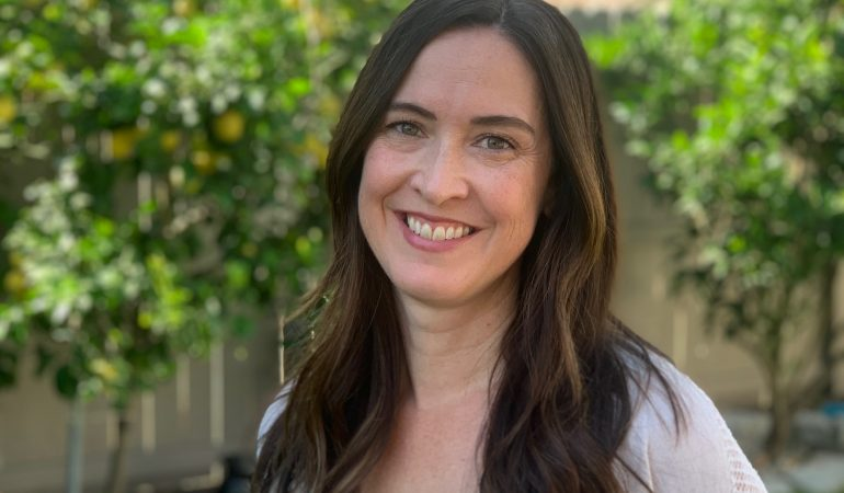 Ingrid Corrales, Therapist in Fullerton, CA