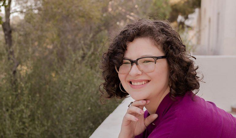 Amanda Cline, Therapist